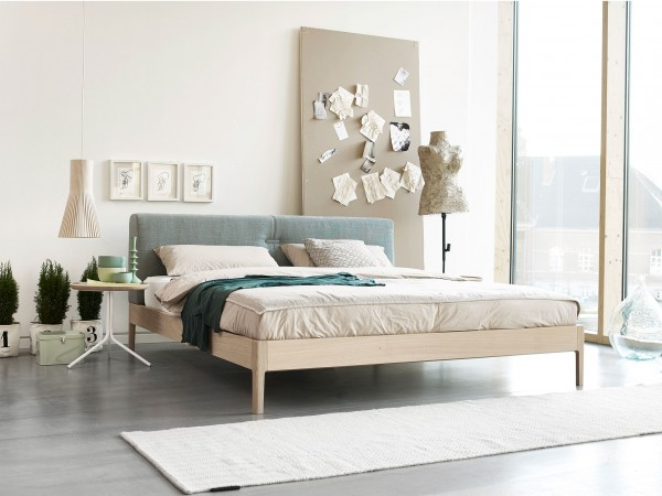 moeller-design-bett-thread-wood-millieu