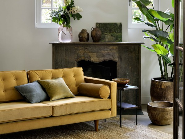 ethnicraft-sofa-3sitzer-n101-gold-velvet-millieu